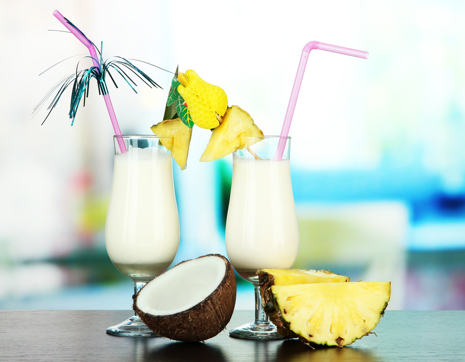 Delicious cocktails for enjoy this summer for Cocktail pina colada