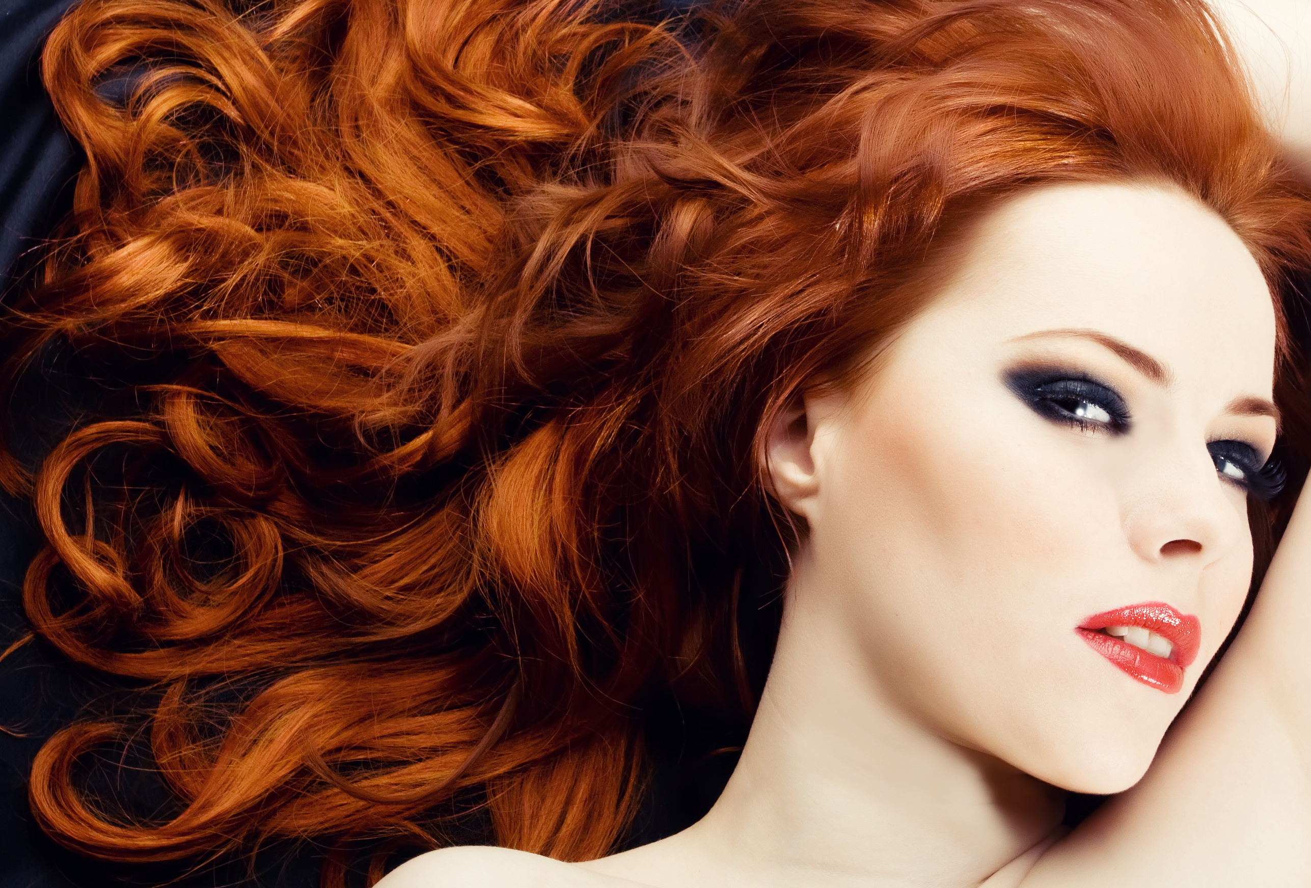 How To Choose The Ideal Hair Color For Your Skin Tone Con Estilo Tv Entertainment News Fashion